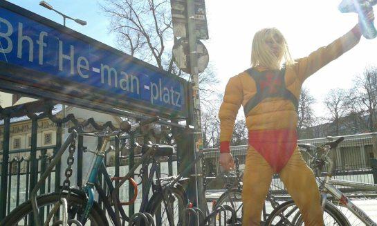 He-man platz. Kamerapferd.