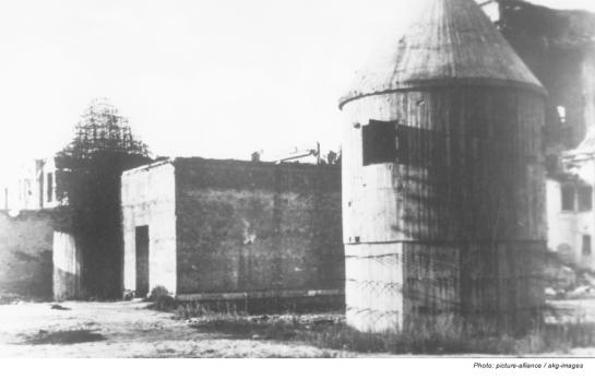 Bunker, 1945.